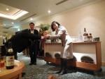 須川会員へ花束2