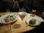濁り酒とサラダ