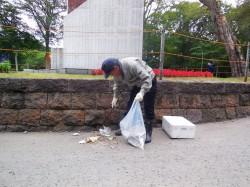 清掃活動の模様 (10)